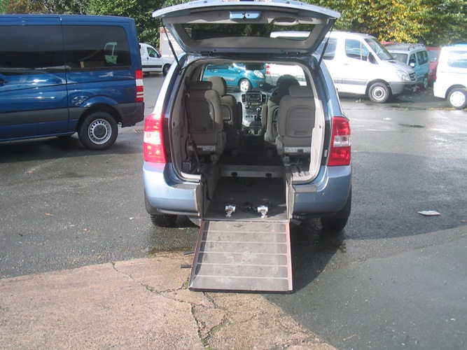 KIA SEDONA  WHEELCHAIR ACCESS VEHICLE
